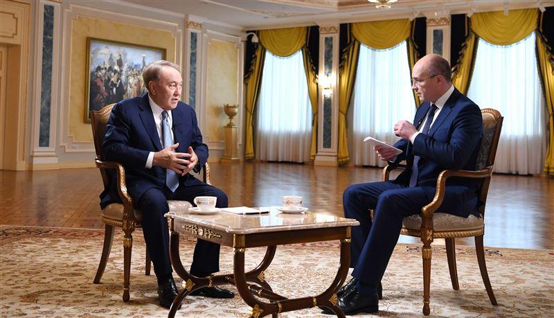 У Нурсултана Назарбаева взял интервью российский журналист