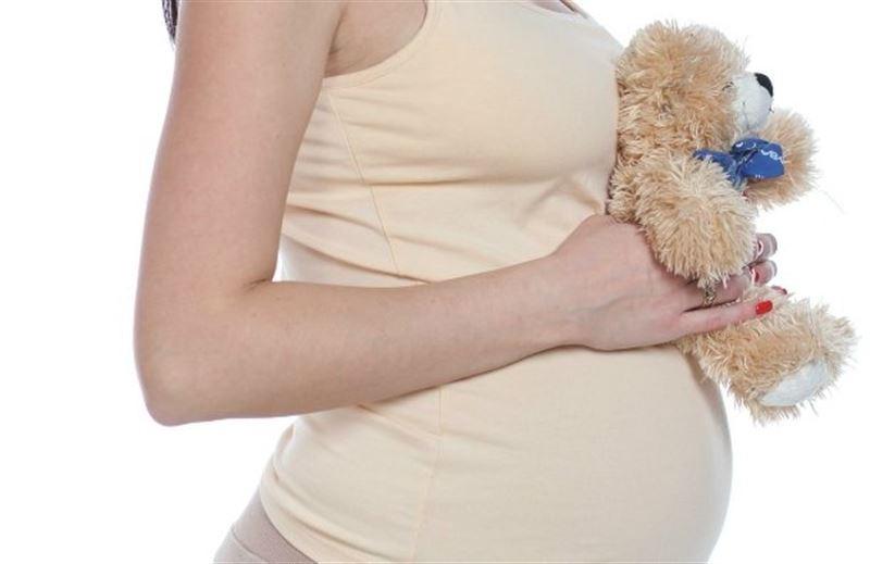 Разрешить подросткам делать аборт без согласия родителей предложили в Минздраве РК