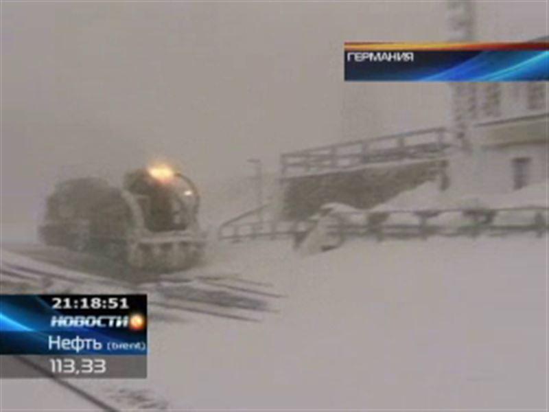 Германию завалило снегом