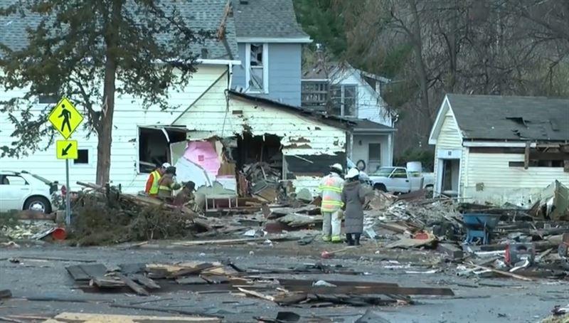 Мощный взрыв разнес на куски дом после Дня благодарения