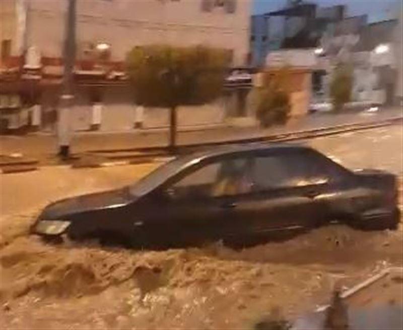 Проливные дожди превратили улицы Мекки в реки