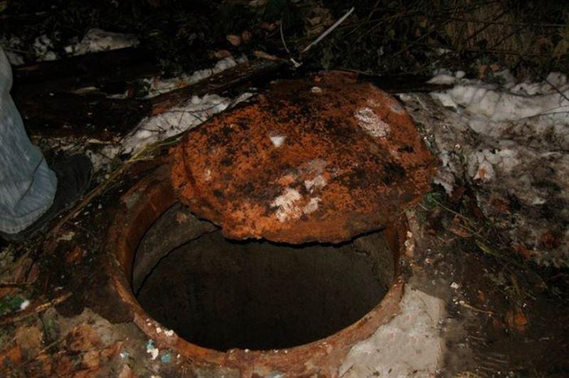 Пропавшую в Астане девочку нашли мертвой в канализационном колодце