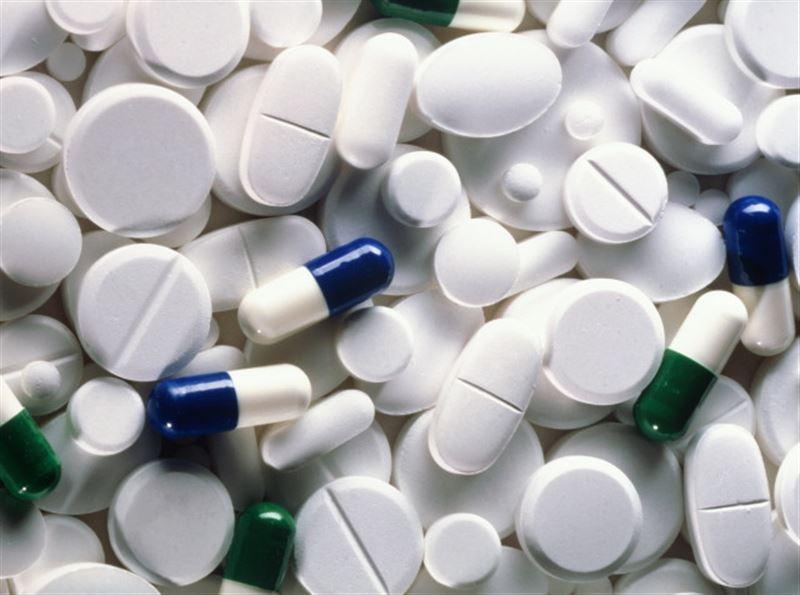 Кто будет платить за бесплатные медикаменты