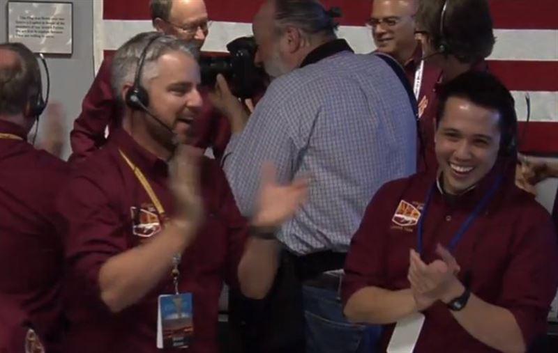 Зонд InSight успешно сел на Марс