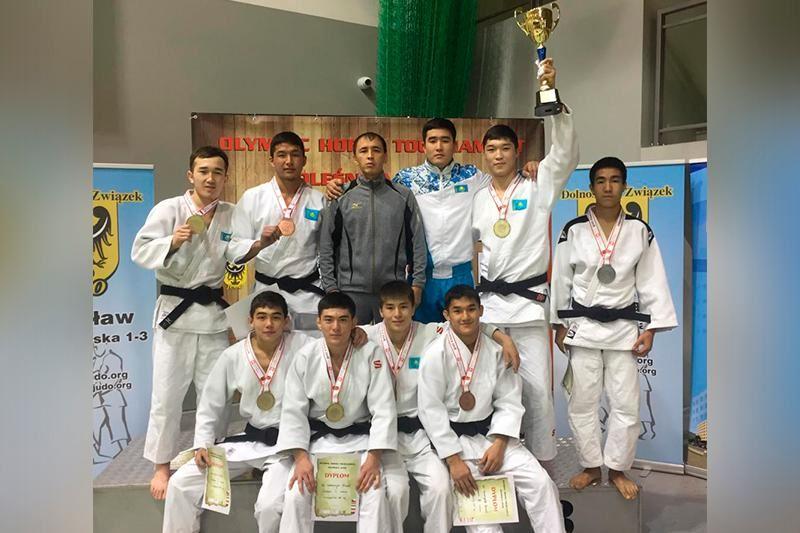Қазақстандық дзюдошылар Польшадан 7 медаль жеңіп алды