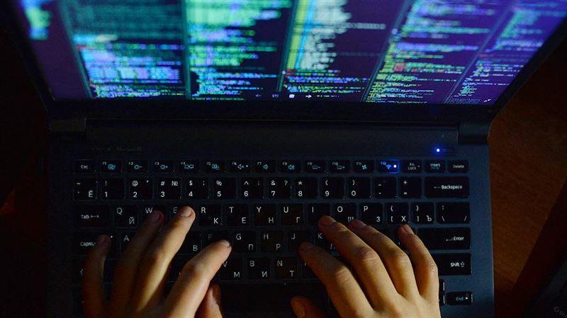 Двоих казахстанцев обвиняют в интернет-мошенничестве в США
