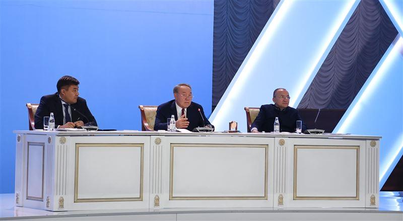 Нурсултан Назарбаев рассказал о причинах разводов в Казахстане