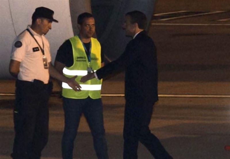 Макрона и его супругу не встретила делегация в Аргентине