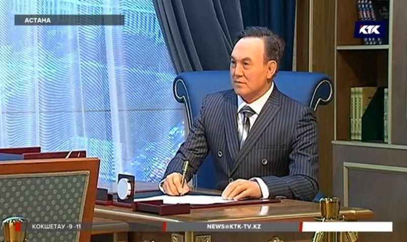 В Астане показали восковую фигуру президента