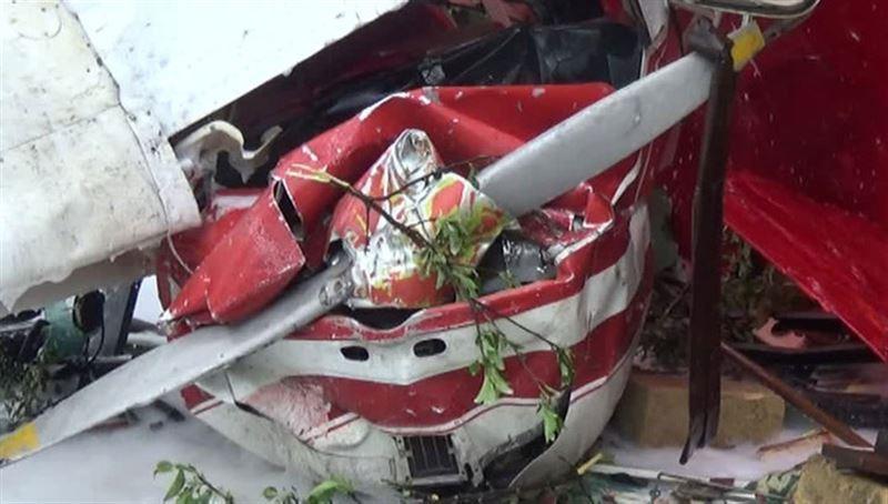 В США самолет врезался в здание детского медицинского центра: есть жертвы