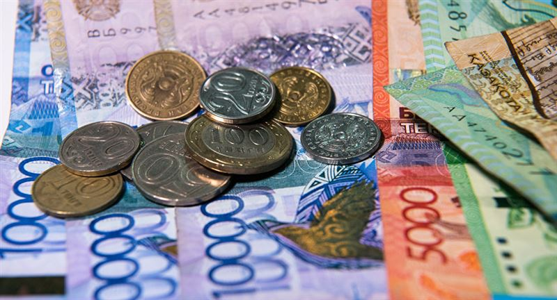 На 0,65 тенге укрепилась нацвалюта к доллару за торговую неделю