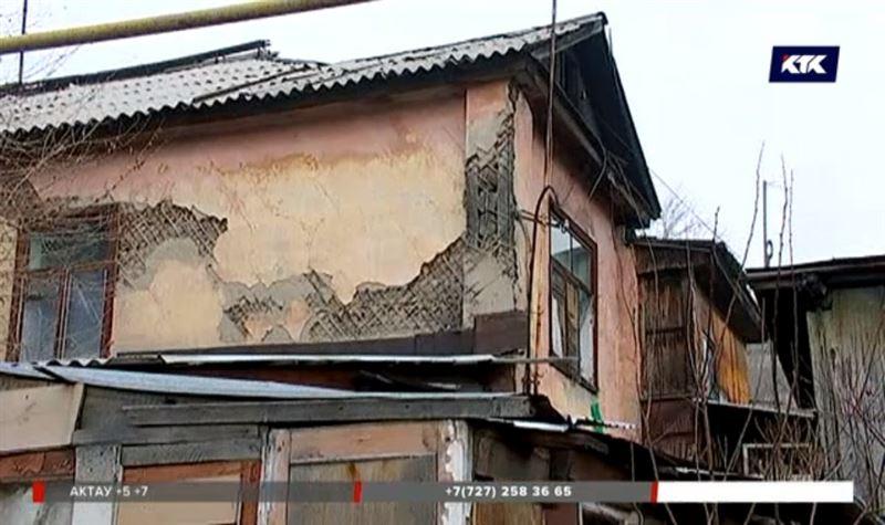 Дома в Казахстане стремительно ветшают