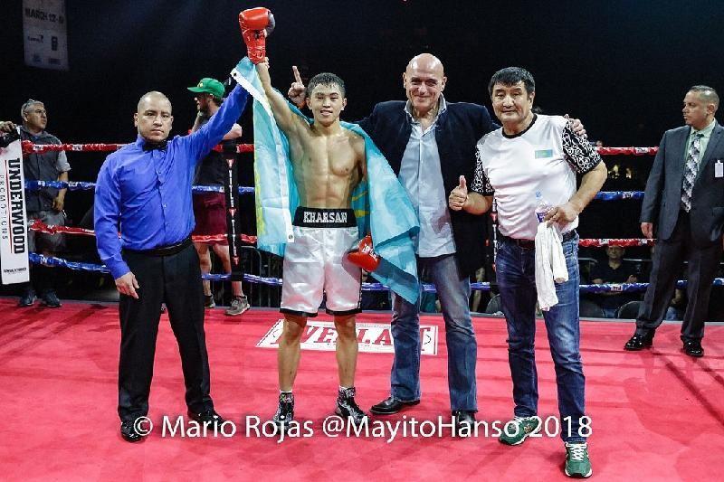 21 жастағы қазақстандық боксшы америкалықты жеңіп, WBC чемпионы атанды
