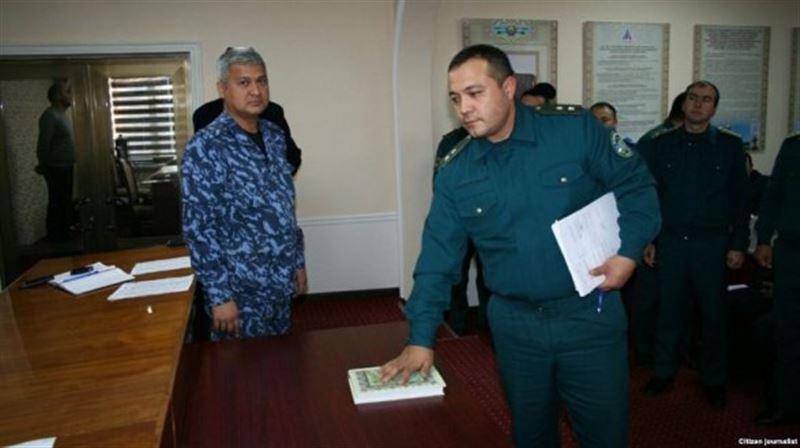 Узбекские милиционеры на Коране поклялись не брать взятки
