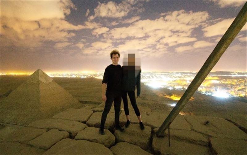 Датчане занялись сексом на вершине пирамиды Хеопса