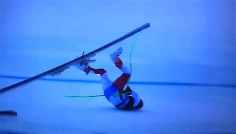 Неудачное падение горнолыжника на соревнованиях попало на видео