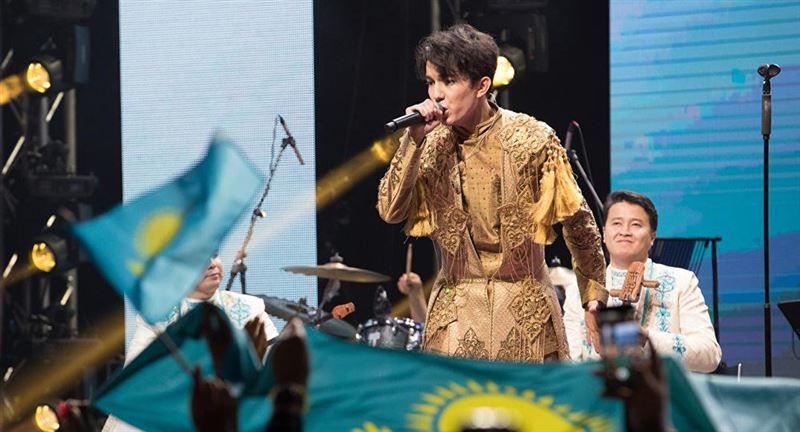 Димаш Құдайберген Шанхайдағы фестивальде «Жыл әншісі» атанды