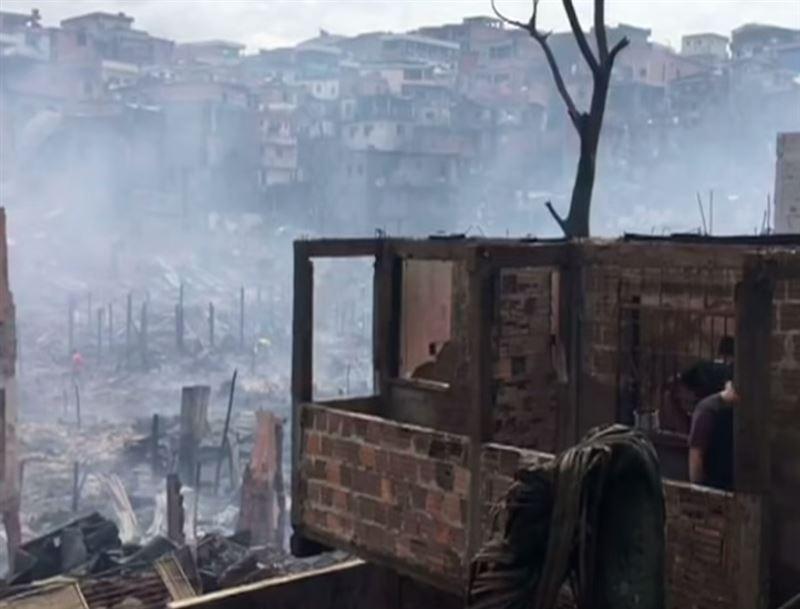 Пламя уничтожило более 600 домов в Бразилии
