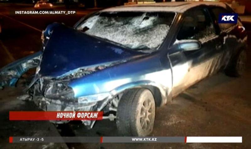 Алматинцы угнали авто и попали в ДТП