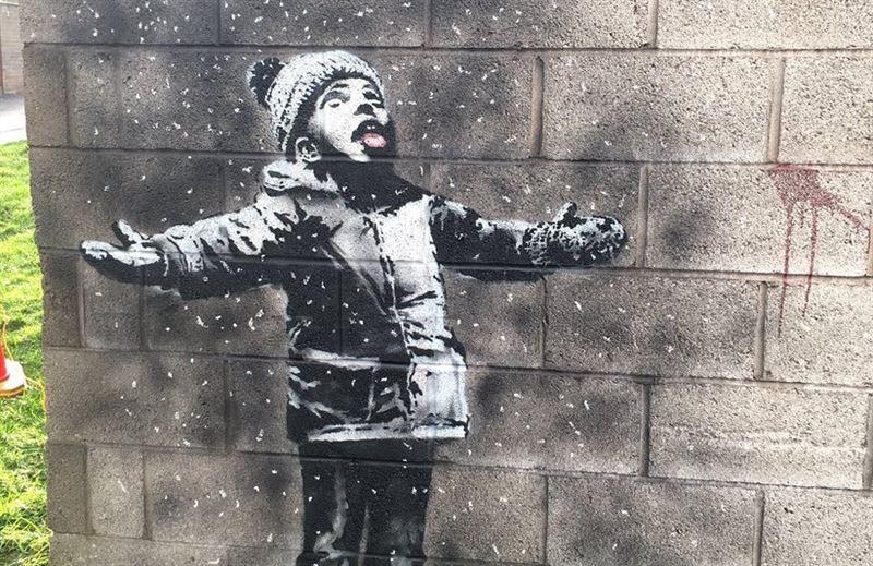 Бэнкси создал рождественское граффити в Уэльсе