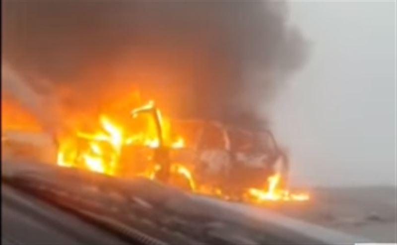 Машины загорелись после жуткой аварии на трассе Качар – Рудный