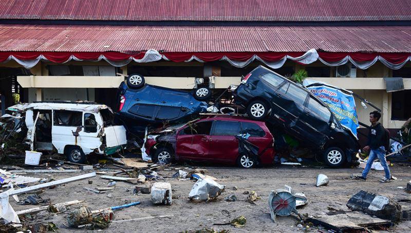 В Индонезии 43 человека погибли из-за цунами