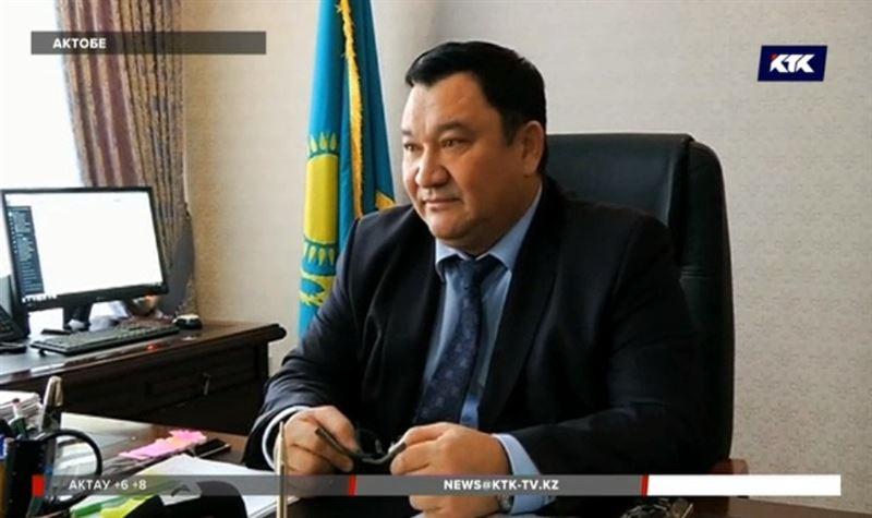 «Для связки слов»: актюбинский судья объяснил нецензурные выражения