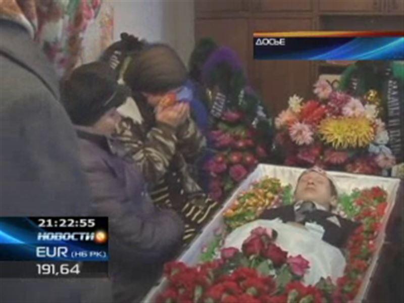 Судмедэксперты настаивают на эксгумации тела погибшего школьника из Павлодара