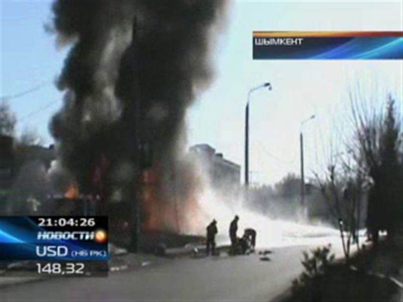 Крупный пожар в Шымкенте