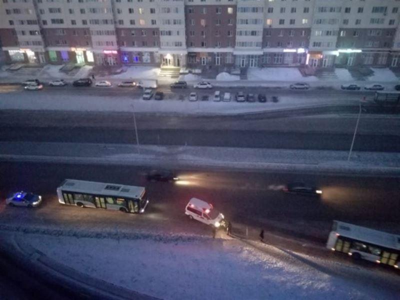 Астанада автобус қызды басып кетті