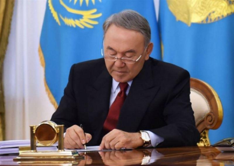 Назарбаев подписал закон о едином совокупном платеже