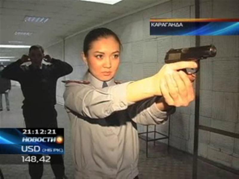 Фотоконкурс «Леди Казахстанская полиция-2011» выиграла карагандинка