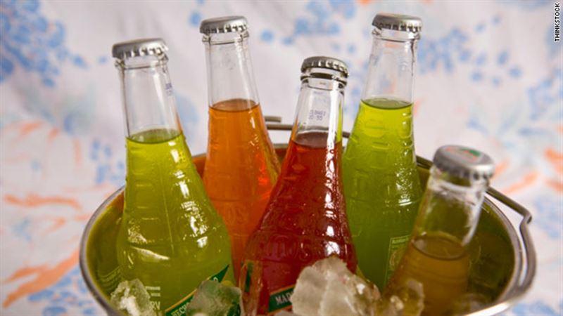Ученые рассказали об опасности сладких напитков