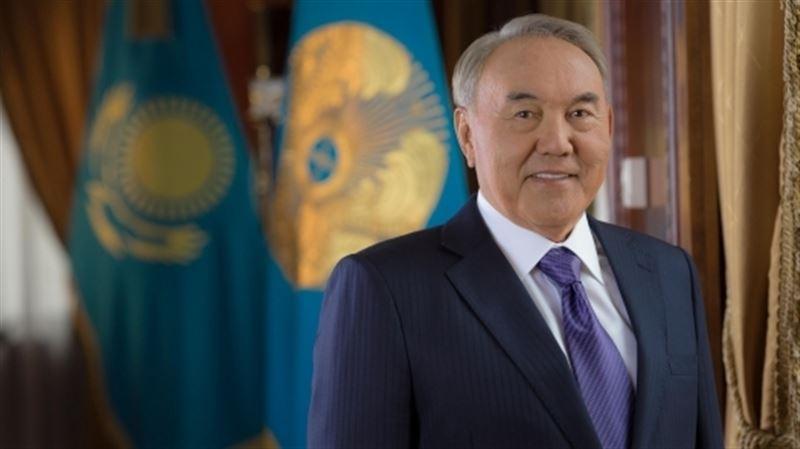 Глава государства посетил новогодний благотворительный бал в Астане