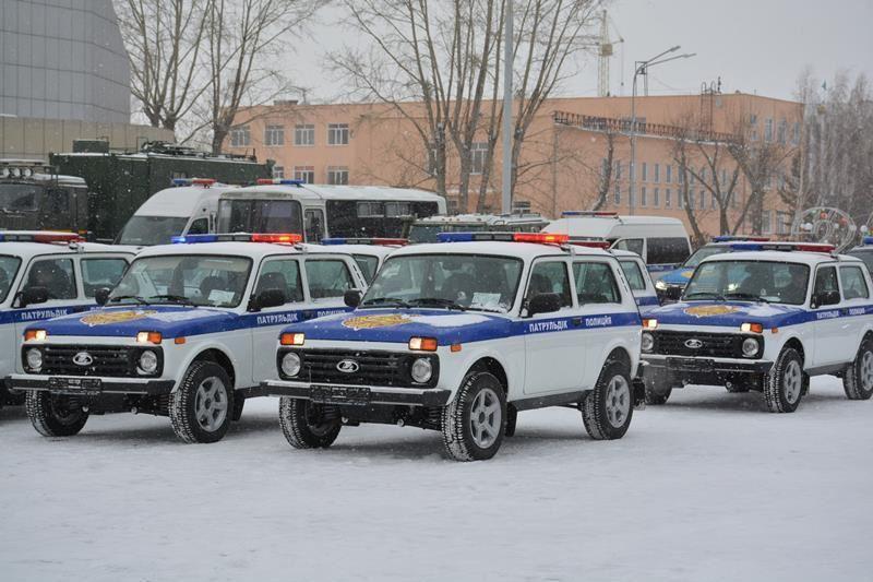 Көкшетау полицейлеріне 20 жаңа көлік сыйға берілді