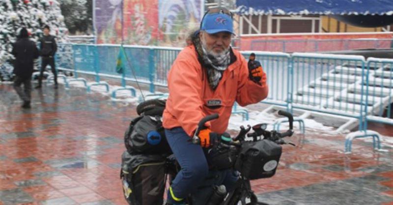 Алматы тұрғыны велосипедпен Меккеге аттанды