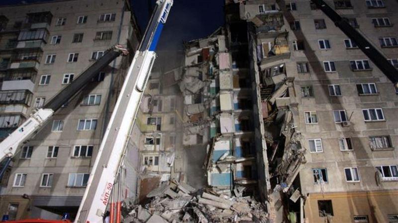 Еще несколько тел извлечено из-под завалов на месте взрыва в Магнитогорске