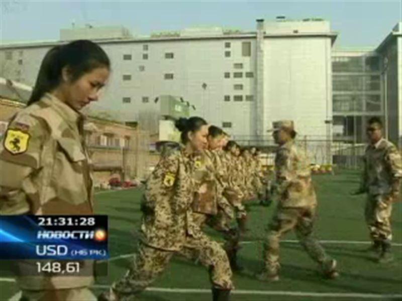 В Китае начали подготовку женщин-телохранителей