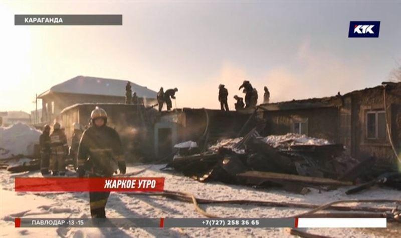 Крупный пожар в Караганде тушили десятки человек