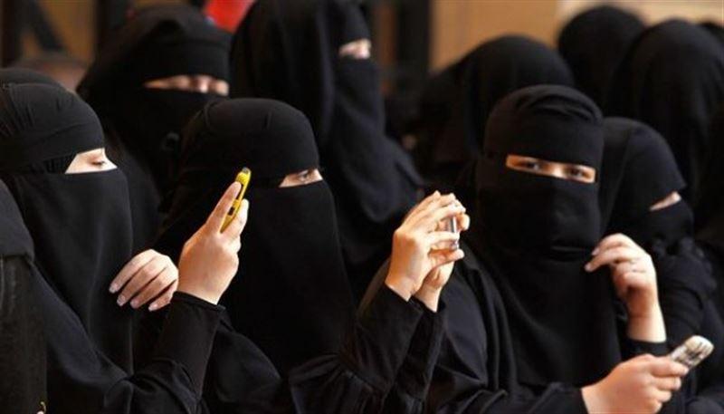 Женщин в Саудовской Аравии будут оповещать о разводе через СМС