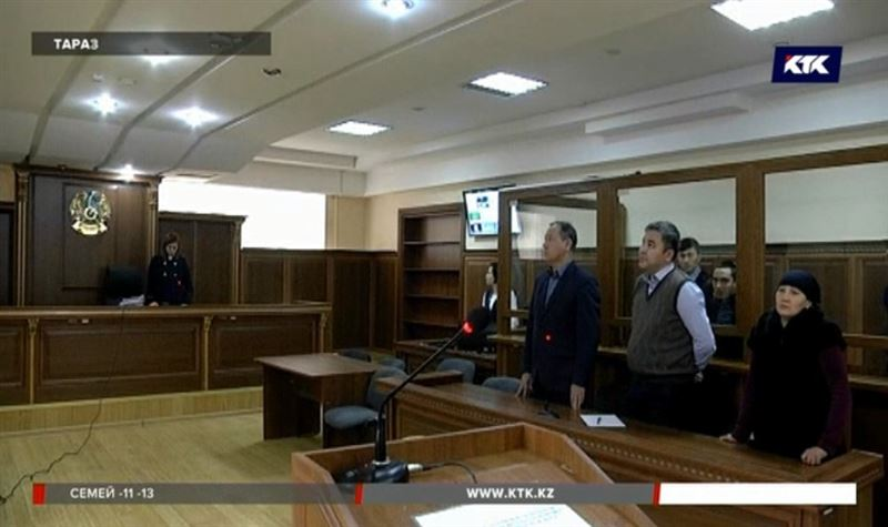В Таразе осудили мужчину, который убил человека косой