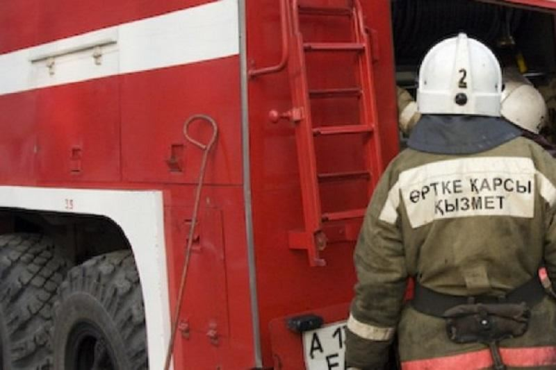 Павлодарда өрттен 30 адам құтқарылып, бір адам қаза тапты