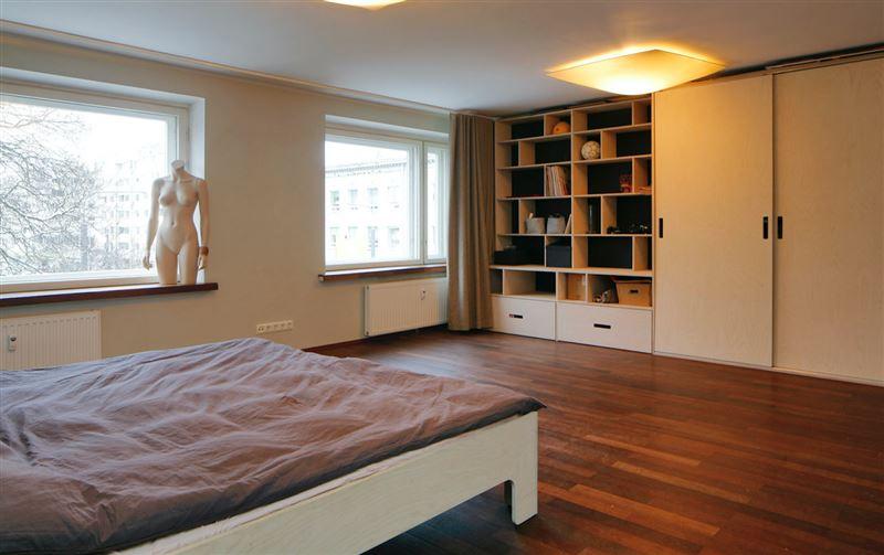 В Таллине на продажу выставлена квартира для нудистов
