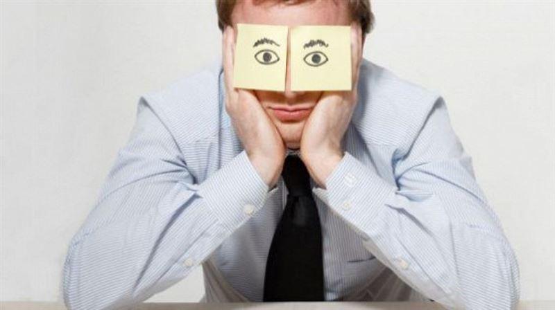 Чем опасен недосып, объяснили ученые