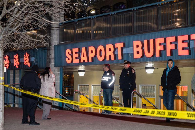 Один человек погиб после нападения мужчины с молотком в Нью-Йорке