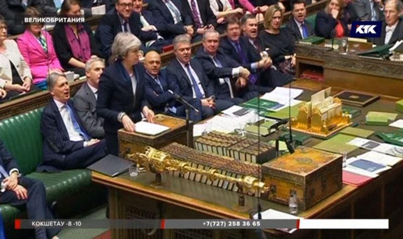 Провал правительства Великобритании может спровоцировать в стране кризис