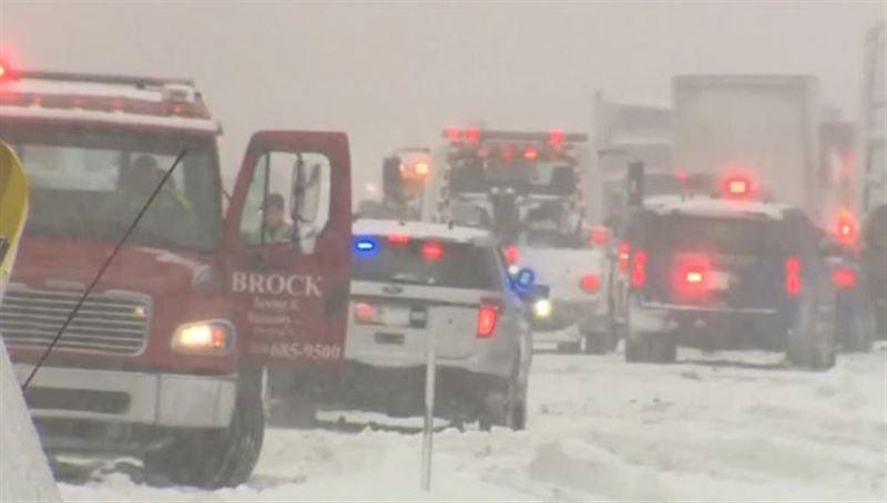 Три человека погибли в ДТП из-за мощного снегопада в США