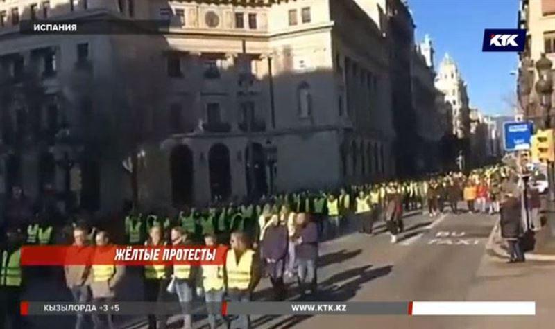 Испанские таксисты объявили бессрочную забастовку