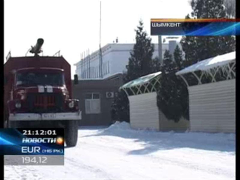 На Шымкентском нефтеперерабатывающем заводе пожар