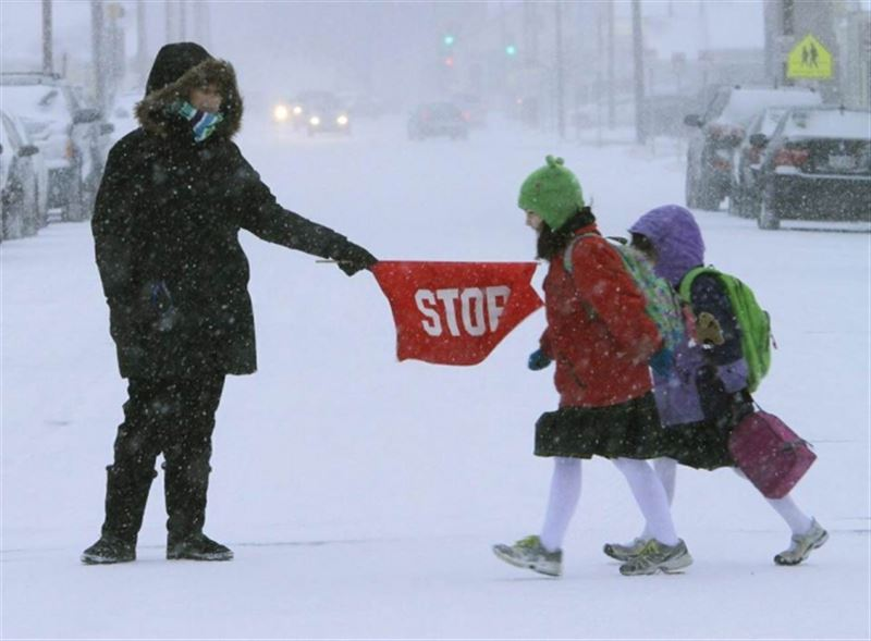 Из-за мороза в Астане отменили занятия для учащихся 0-4 классов